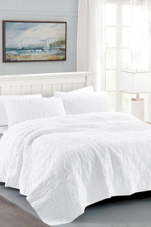 Photo of California Design Den | Full/Queen Wavy S Ruffled Quilt Set – Bright White | Nordstrom Rack