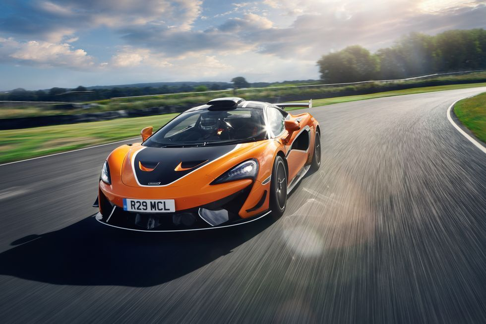 2021 McLaren 620R Trades Civility for Quicker Lap Times in