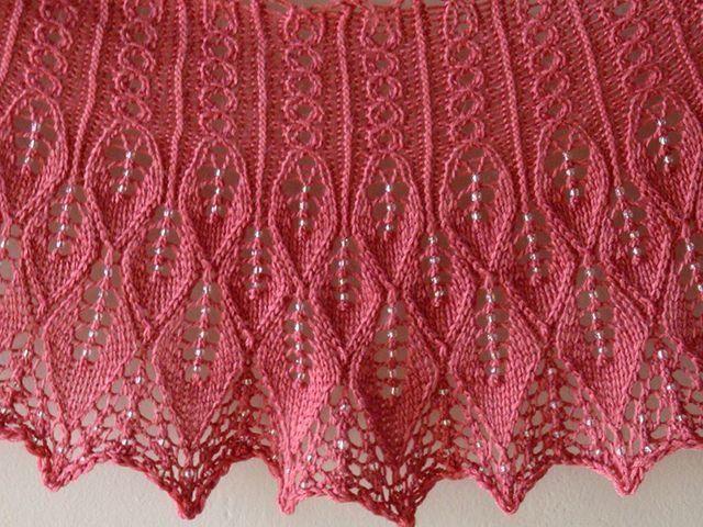 Kudzu Shawlette by Rachel Henry, free pattern on Ravelry. | 3-SALOVI ...
