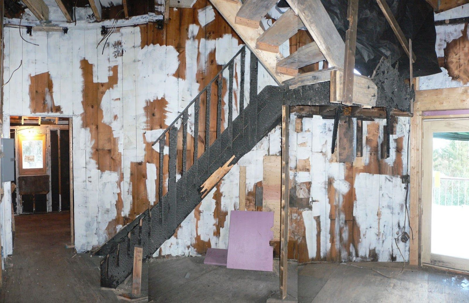 Stair Case In Condemned Building Staircase Eerie Abandoned Places