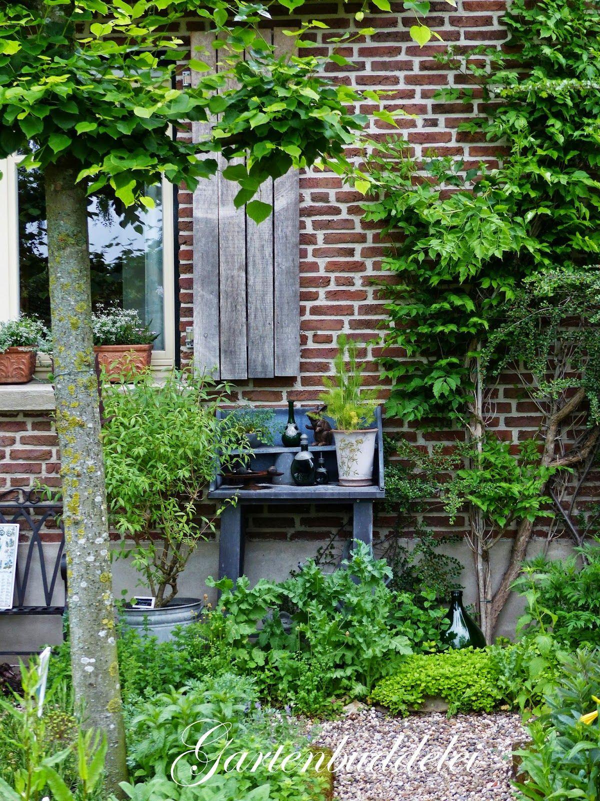 Gartenbuddelei 10jahriges Jubilaum Im Garten Picker Bauernhof Garten Garten Bauerngarten