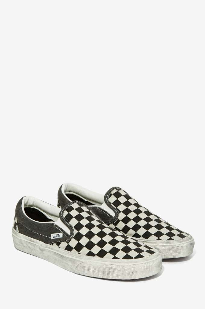 b4f35ba436 Vans Classic Slip-On Sneaker