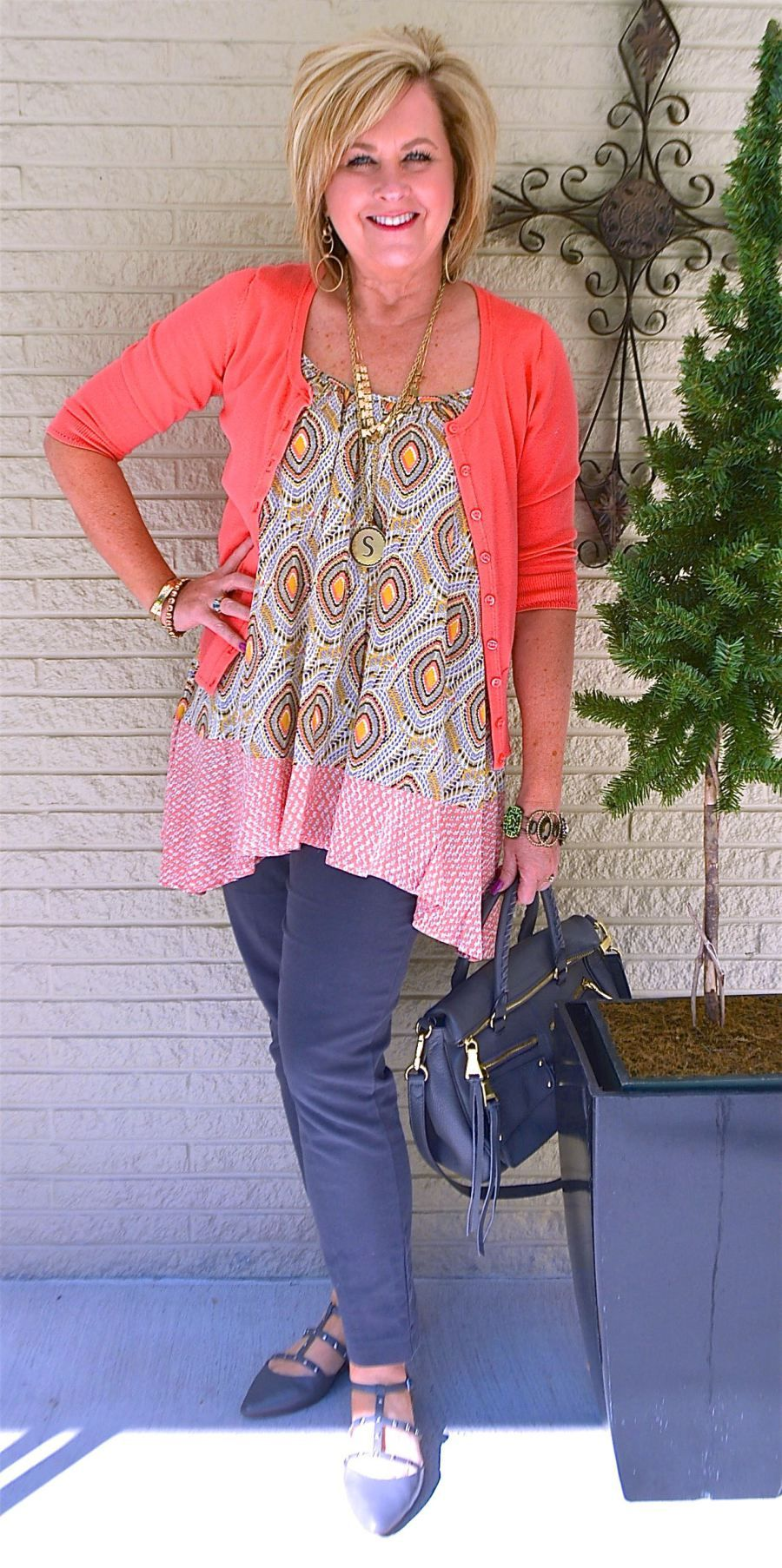 Trends For Spring Summer Clothes For Real Women Over 40: CUTE AND FLIRTY FOR SUMMER
