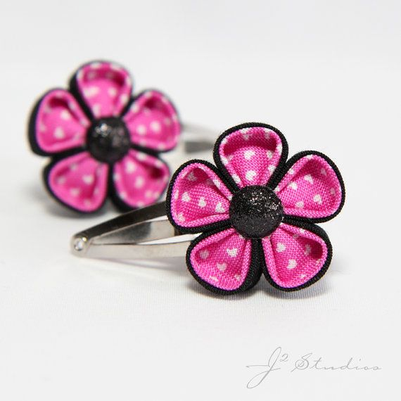 Hot Pink Punk Heart Kanzashi Flowers. These little clips are lovely and so well made! I'd snap 'em into my tresses any day.