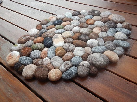 Felt stone rug / bath mat super soft with soft core wool multicolor 3D