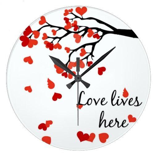 Falling heart tree clock