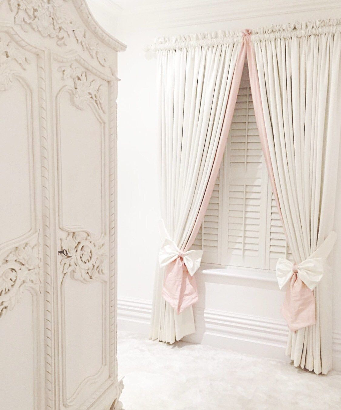 Girlie Curtains