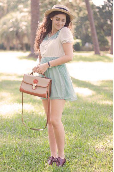 http://www.chictopia.com/photo/show/709801-Home+Again-light-blue-oasap-dress