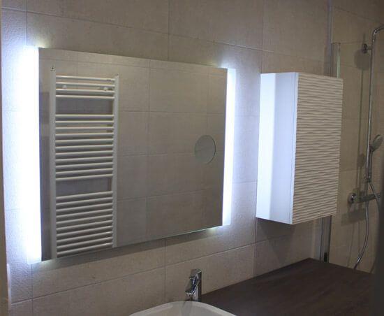 Un Meuble au design moderne avec lave linge et panier intégré House - meuble salle de bain panier a linge