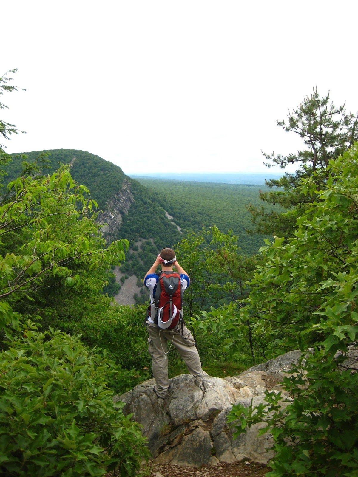 d99857e36 adventure-inspired  Hiking Pennsylvania  Mount Minsi in the Delaware ...
