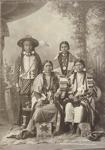 Nez Perce man and three Yakama women - 1897