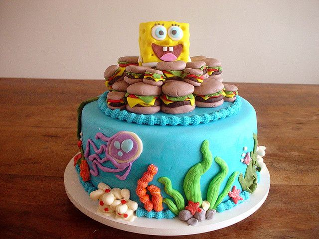 Bolo Bob Esponja! (Sponge Bob Cake!) by Carla Ikeda - DENTRO DO FORNO - BOLOS DECORADOS - , via Flickr