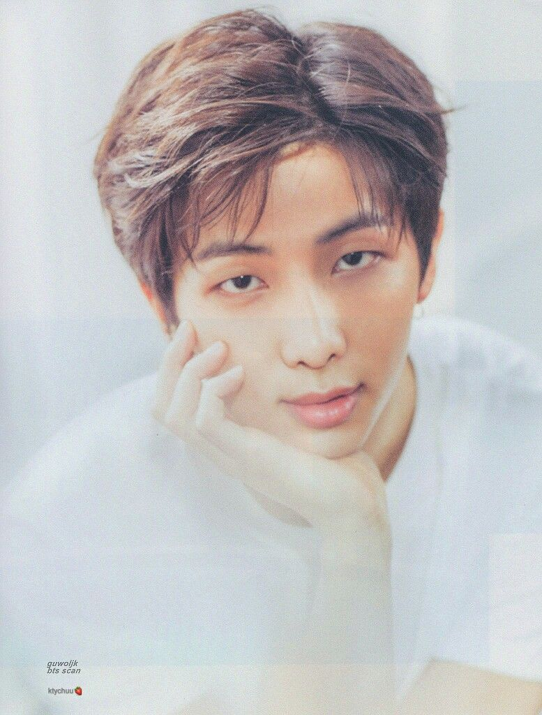 BTS EDITS BTS 2018 '오, 늘' EXHIBITION PHOTOBOOK SCAN