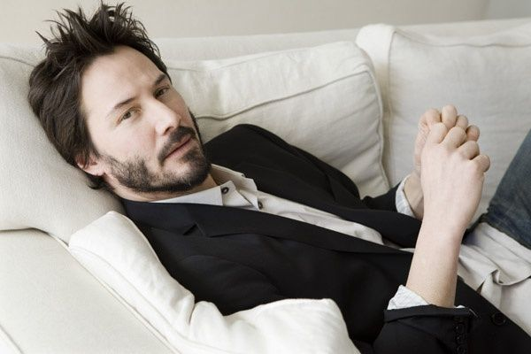 Introducing Opera News Lite | Keanu reeves, Keanu charles reeves ...