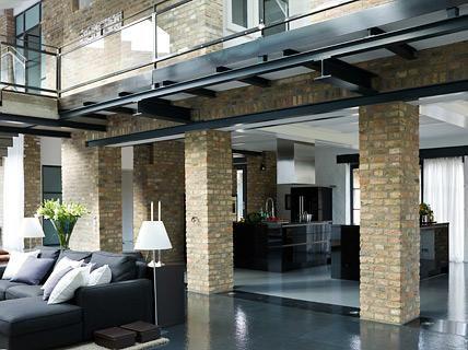 bauernhof umgebaut zum loft offener wohnbereich wintergarten pinterest hof wohnen und haus. Black Bedroom Furniture Sets. Home Design Ideas
