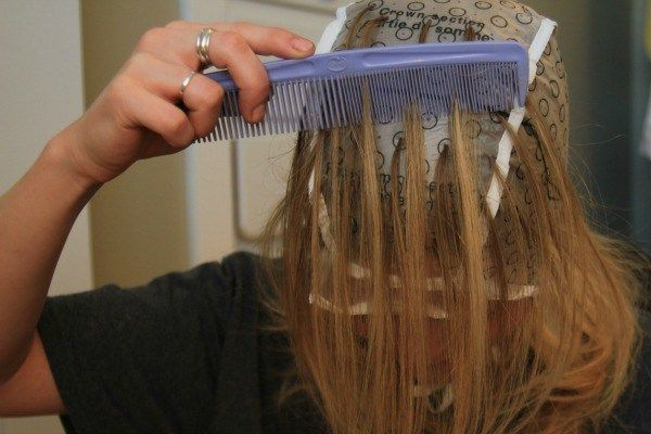 Tips For Highlighting Your Hair At Home Missy Sue Diy Highlights Hair At Home Hair Color Highlighting Hair At Home