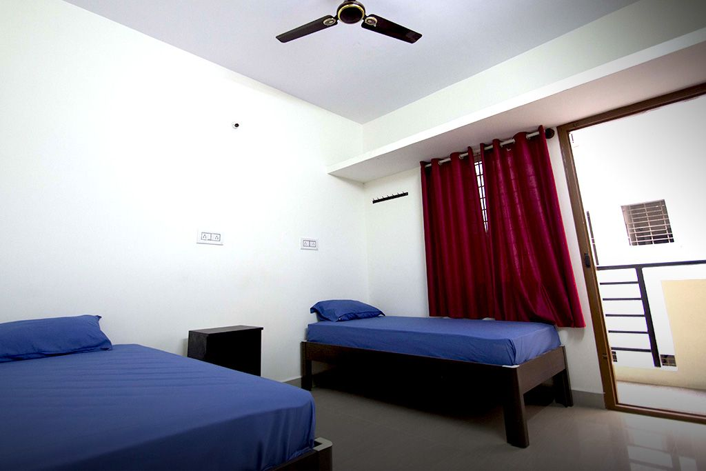 Zelo Winterfell-Premium Accommodation for men in Electronic City - NO  Brokerage-Bangalore-Paying Guest - Hostel