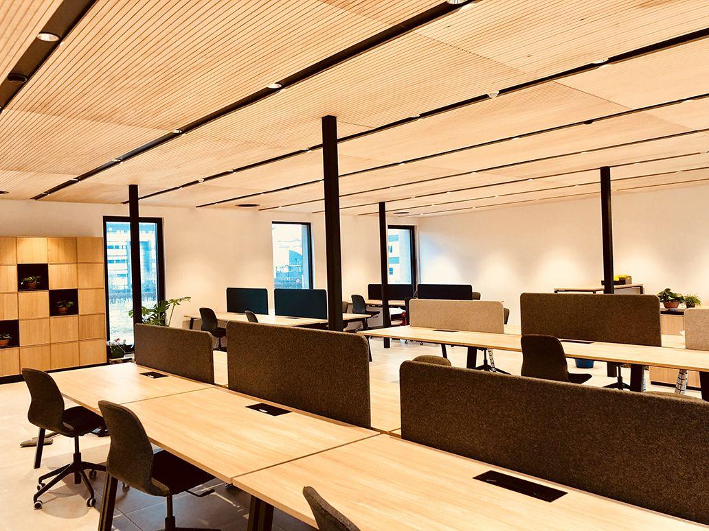 Bureau bois design de 418 m² by popup house en belgique part 7