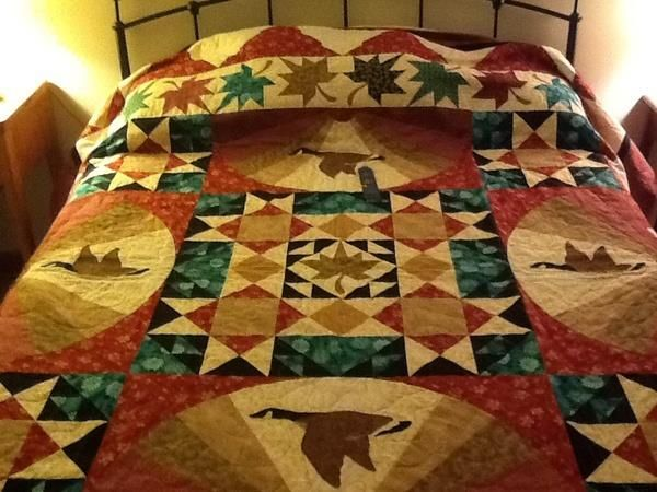 """The pattern is called October Sky, its in Leisure Arts, """"Take Time to Quilt"""" Vol. 1 by Cathy Wierzbicki."""