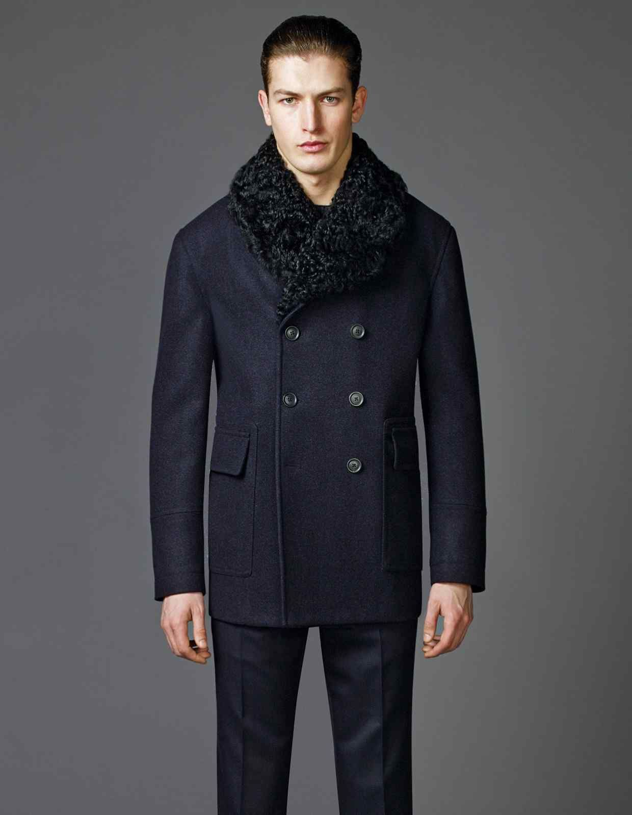 2d053b07dd1 New Winter Men Wool Black Windbreaker Fur Shearling Double-Breasted Pea Coat  Product Details  Material   Wool Moon light Fur Collar Color  Black Front   ...
