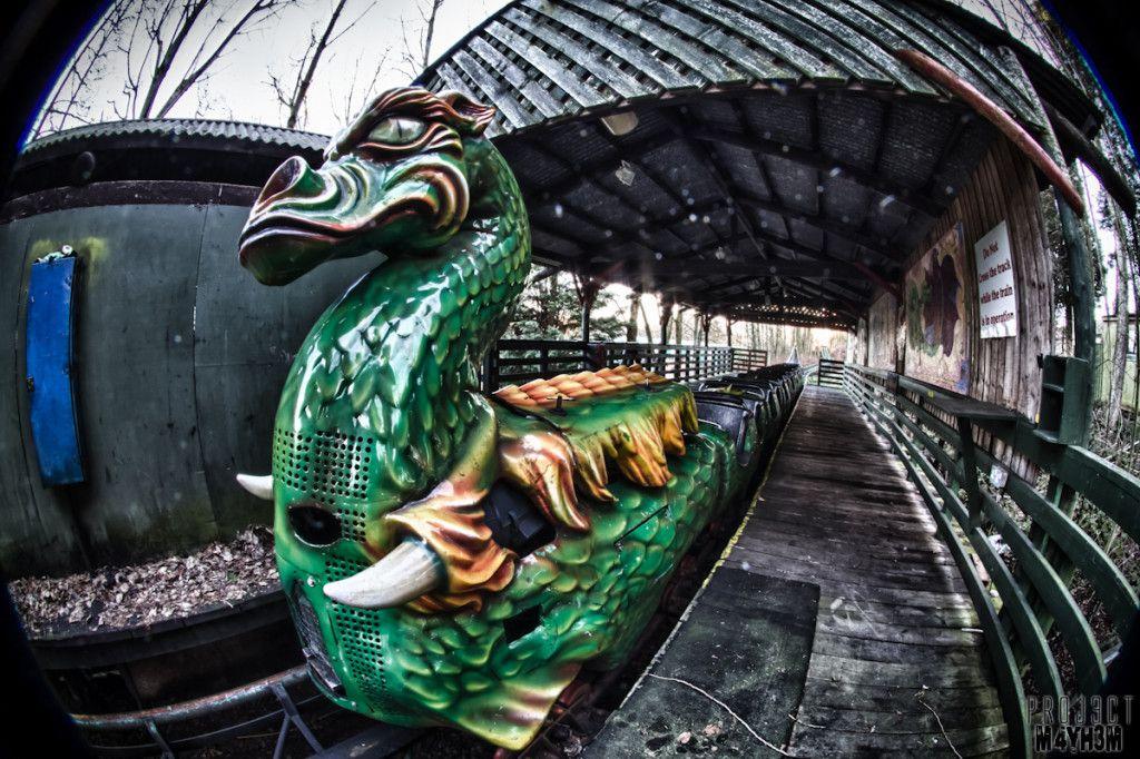 Urbex Camelot Theme Park Chorley Lancashire United Kingdom March 2013 Abandoned Theme Parks Abandoned Amusement Parks Theme Park