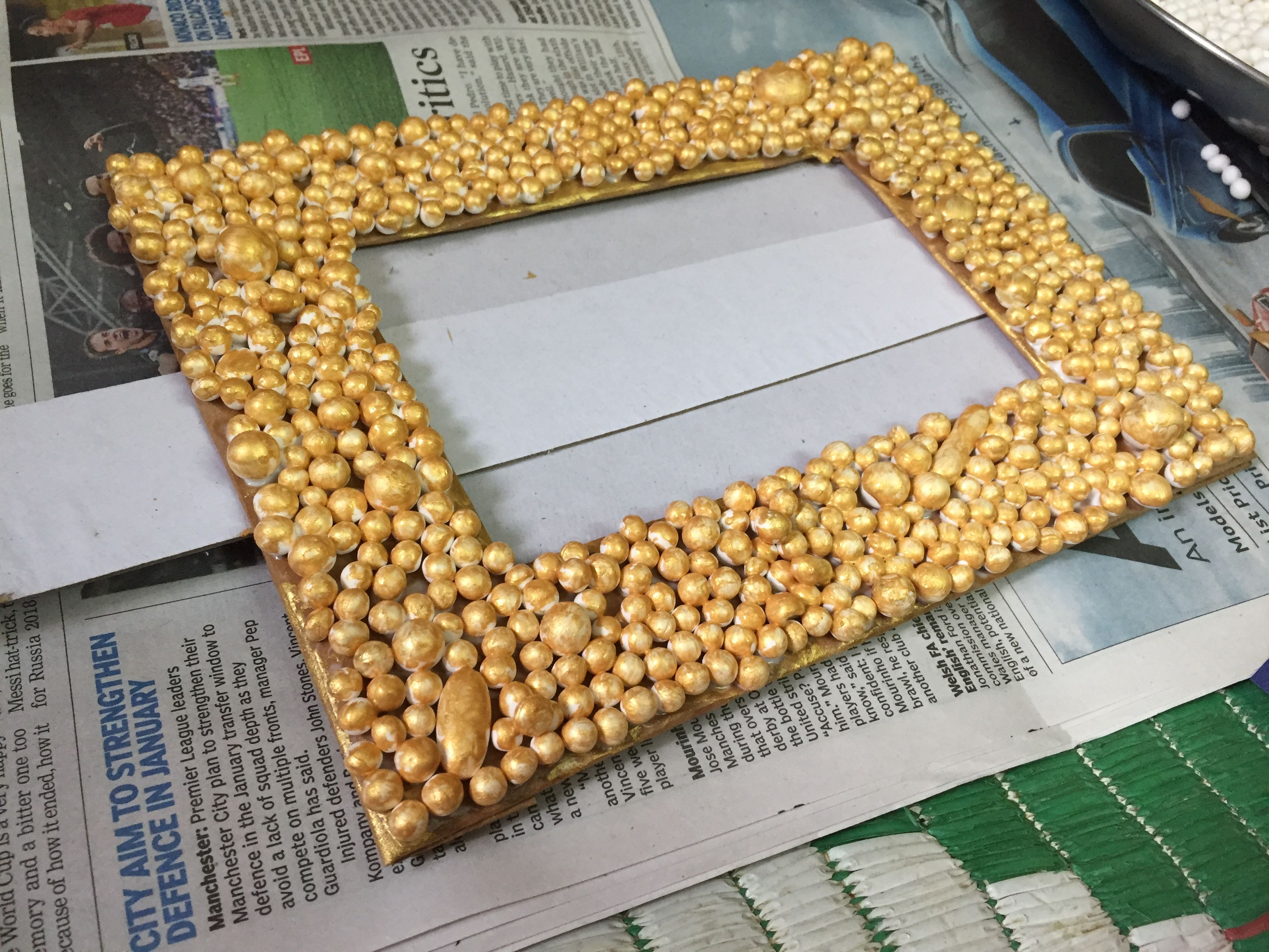 Picture Frame Made Out Of Thermocol Balls Arts And Crafts