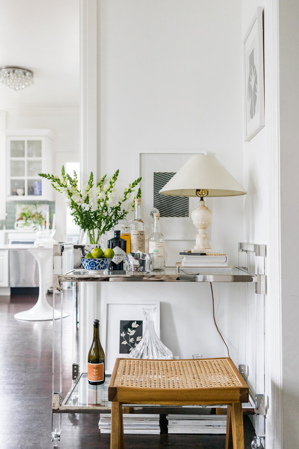AT HOME WITH LIFESTYLE BLOGGER ASHLEY KANE — Rue Rodier #interiors #parisapartments #parisianinteriors #parisinteriors #interiordesign #hometour
