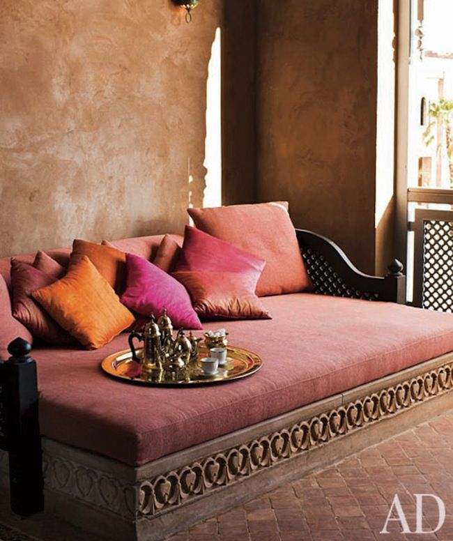 Indian Interior Design Ideas For Dramatic Warm Atmosphere: This Is Just Like The Daybed We Have At Tierra