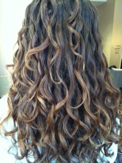 Ouidad Color Trend Sombre Long Wavy Haircuts Long Hair Styles Curly Hair Photos