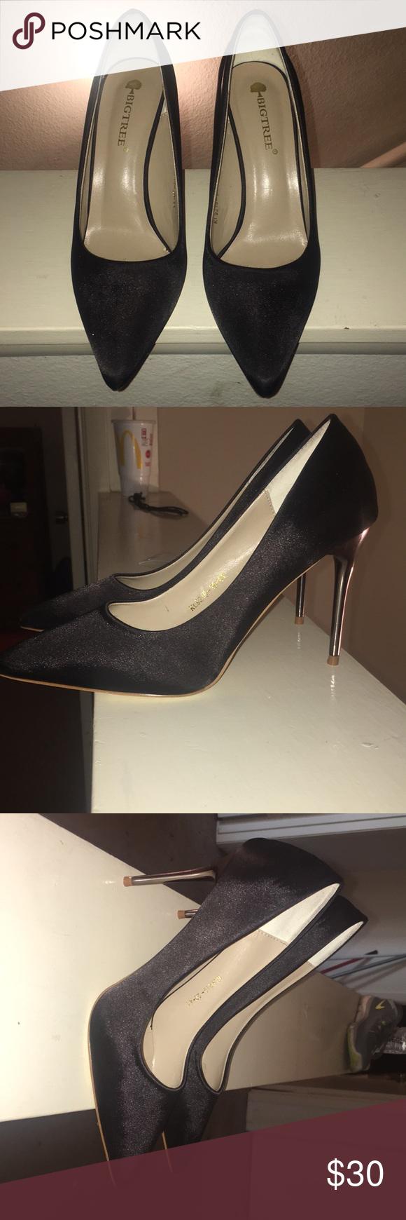 c66f84b46682 Black pointed toe heels brand new Never Worn Brand new big tree Shoes Heels