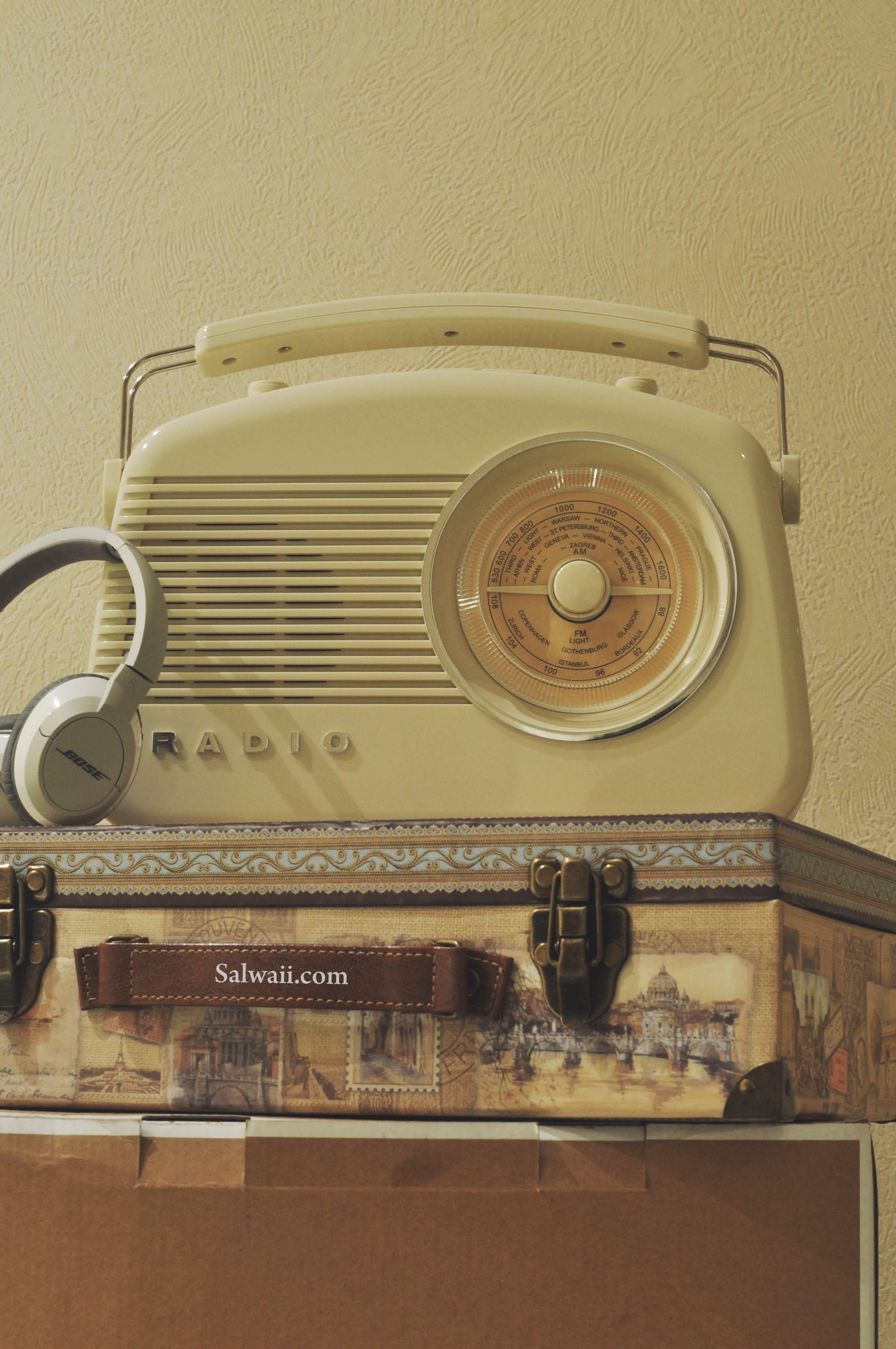 راديو أنيق من View Quest و Amazon البريطاني (With images