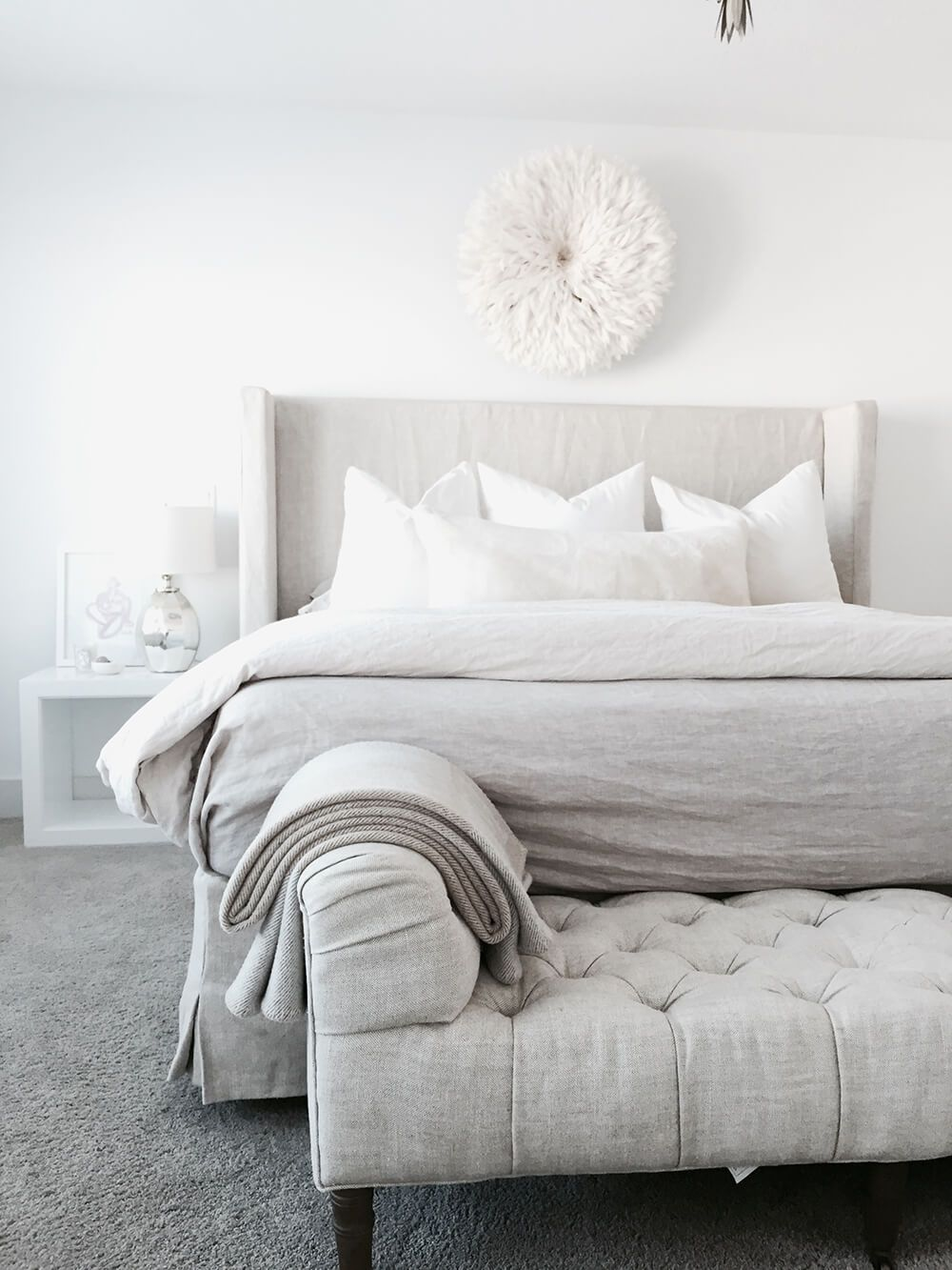 End of Bed Benches (Emily Henderson) | Pinterest ...