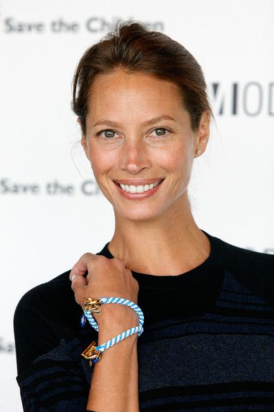 I like the way Christy Turlington has aged. Wrinkles, natural glow, kind eyes. I hope I age the same way.