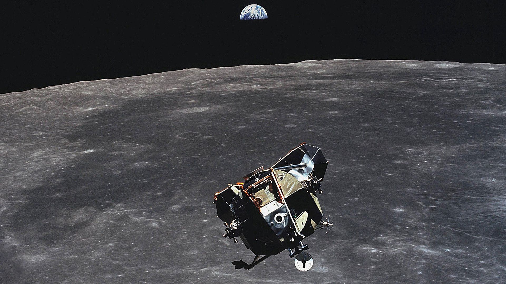 ascending apollo 11 lunar module and earthrise [1920x1080] | reddit