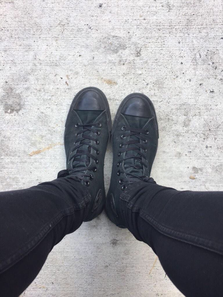who else can tell who it is just by looking at their feet