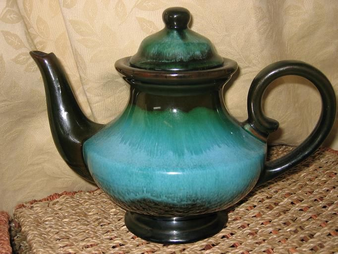 Blue Mountain Pottery Green Glaze Lidded Teapot