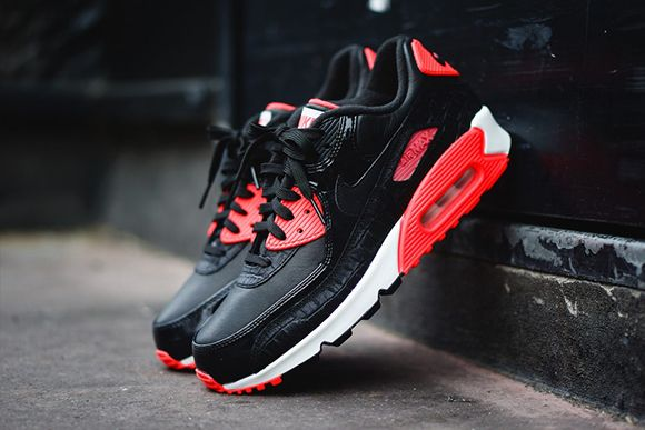 new product 85731 c32ad Nike Air Max 90 Infrared Croc