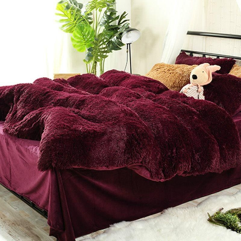 Full Size Burgundy Red Super Soft Plush 4 Piece Fluffy Bedding