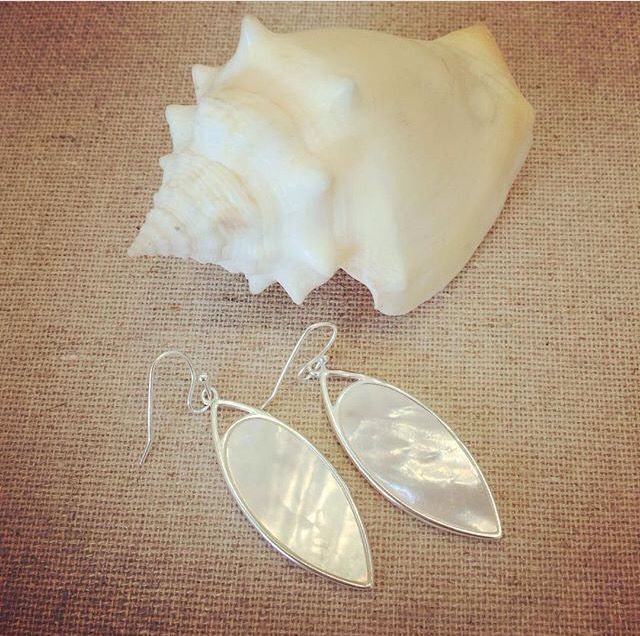 If the world is your oyster then here is your pearl. Made of genuine Mother of Pearl, the Aurelia earrings are easy everyday summer earrings for only $42.  www.stelladot.com/rachelles