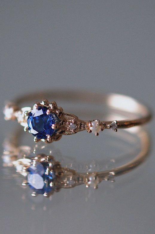 "Photo of Minimalist Engagement Rings That Scream ""I Do"""