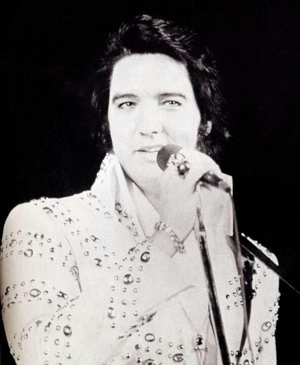 Pin by Anne Bransford on Elvis Presley in 2019 Elvis