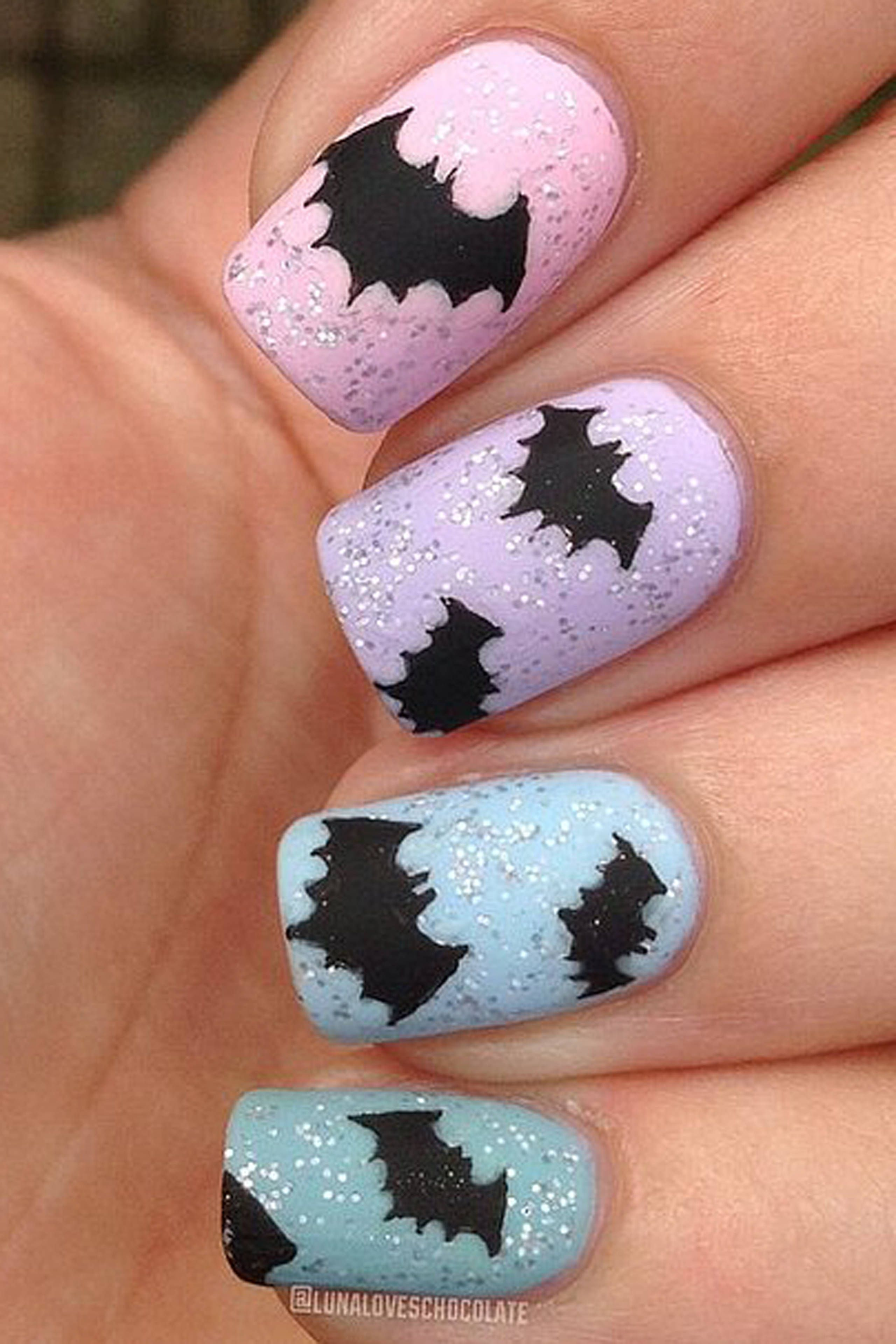 42 Halloween-Inspired Nail Looks That Are Cute AF | Batman nails ...
