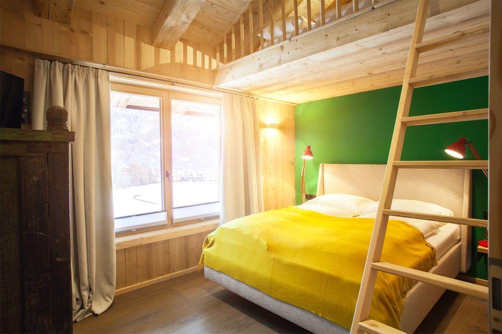 Schlafzimmer in Holz Chalet mit Stockbett Hütte Großmama Pinterest