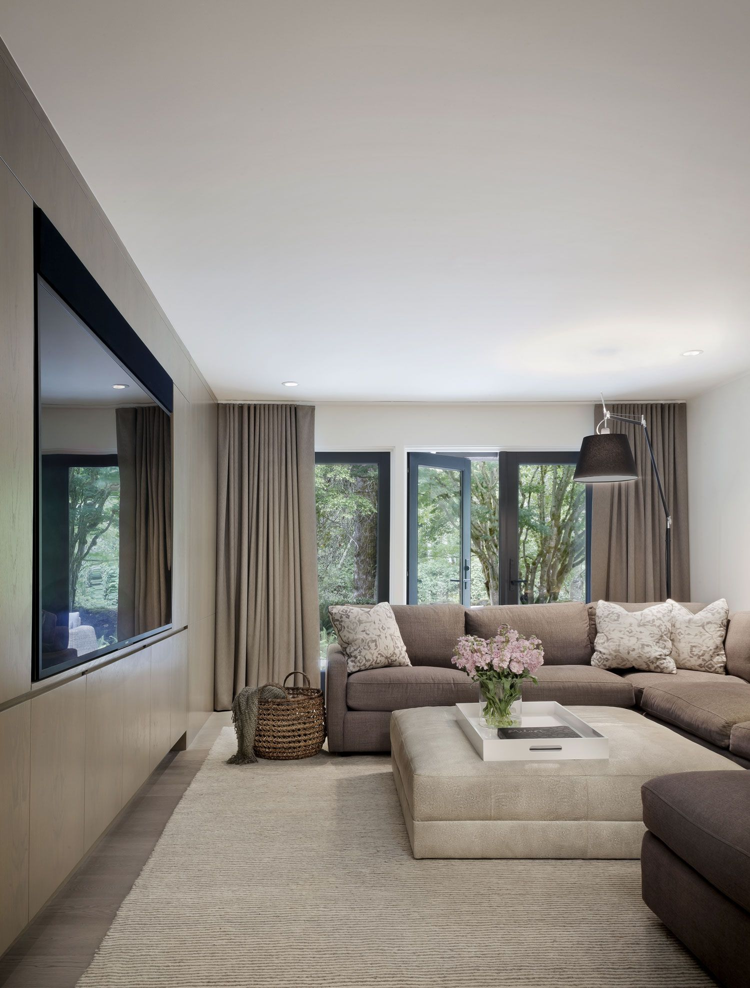 Creekside Contemporary Family Room Seattle Interior Design Contemporary Family Rooms Living Room Design Modern