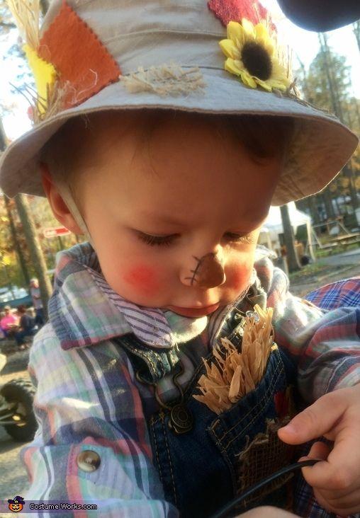 Littlest Scarecrow - Halloween Costume Contest at Costume-Works - scarecrow halloween costume ideas