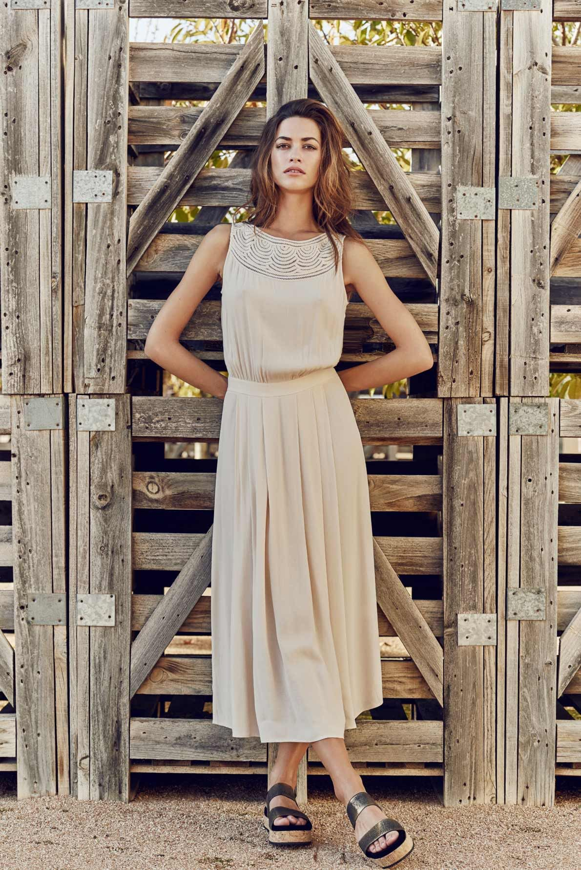 89be3607761de Dress cream, aussi   gerard darel   Women s Apparel   Pinterest   Mode