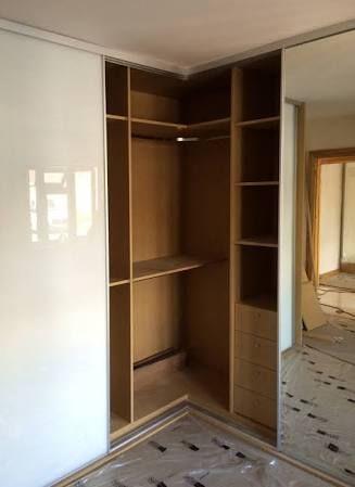 Resultado De Imagem Para L Shaped Closet Doors Corner Wardrobe Sliding Wardrobe Designs Wardrobe Design Bedroom