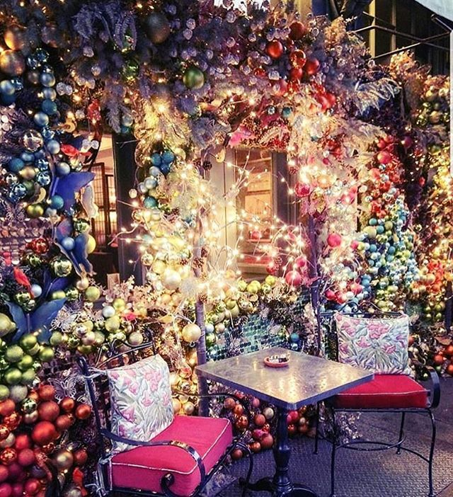 Christmas Places To Visit In London: Located On The Bustling King's Road In Chelsea, The Ivy