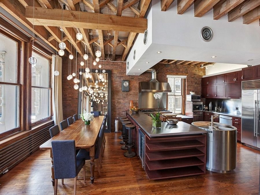 Cozy New York City Loft Enthralls With An Eclectic Interior Wrapped In Brick Industrial Style Kitchen New York Loft Loft Kitchen