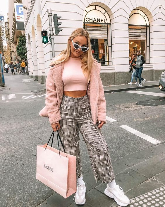 Sporty Outfits – FW 2018/19 street style trends